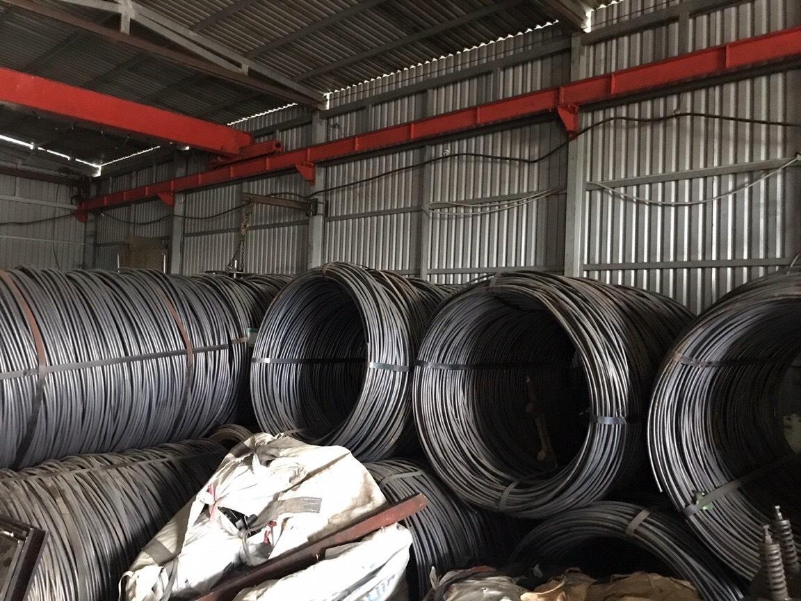 Dùng nguyên liệu gì để gia công sản xuất tyren bát chuồn